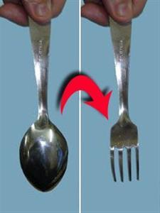Goocheltruc Lepel naar vork